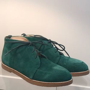 Nine west leather upper green booties !